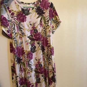 LuLaRoe Dresses - Lularoe medium Carly